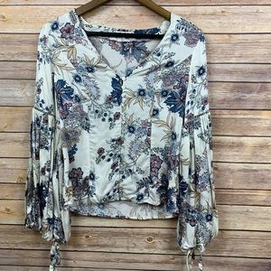 Willow and Clay Floral Blouson Tie Sleeve Top